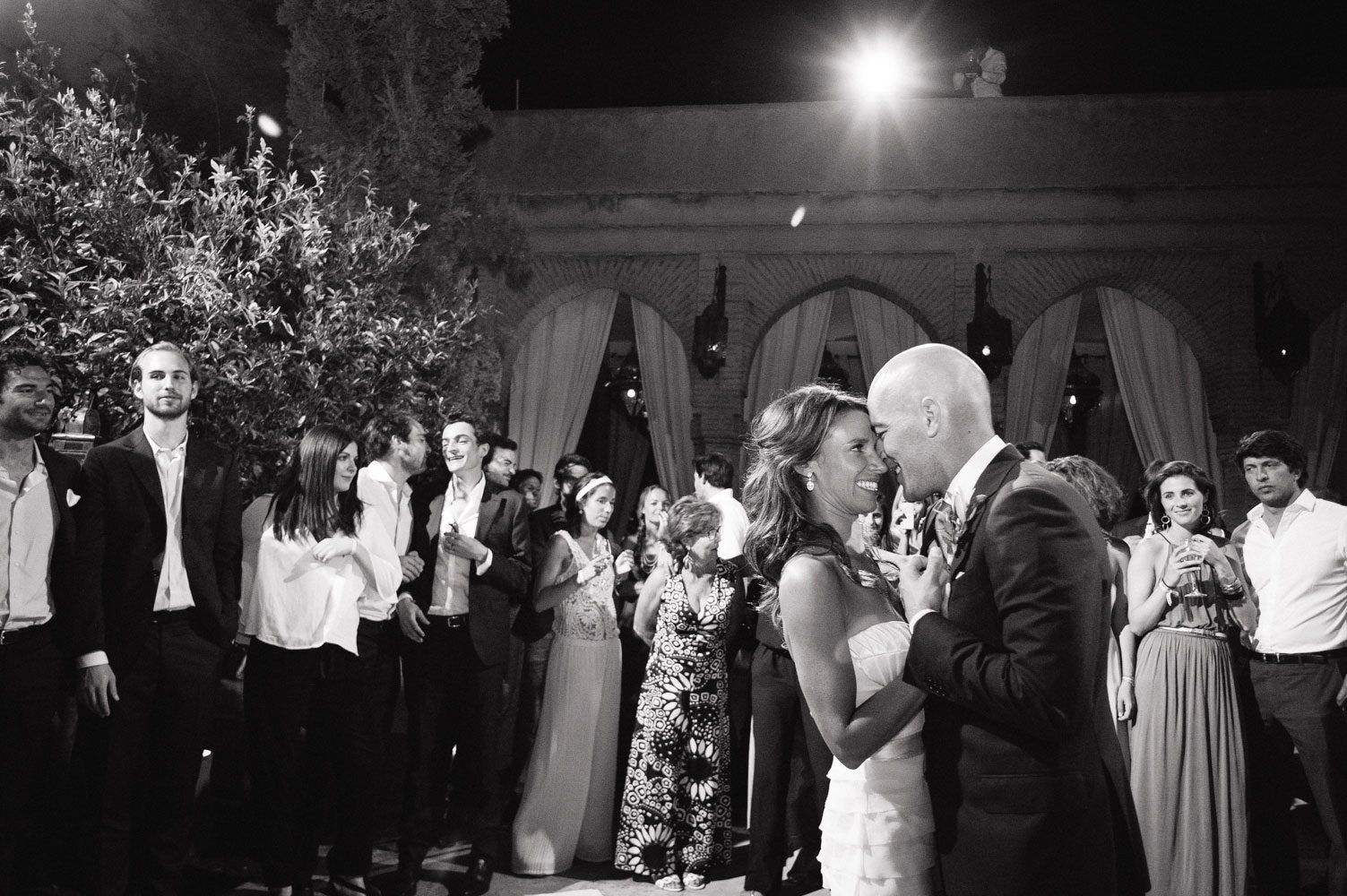 bride and groom dance in morocco