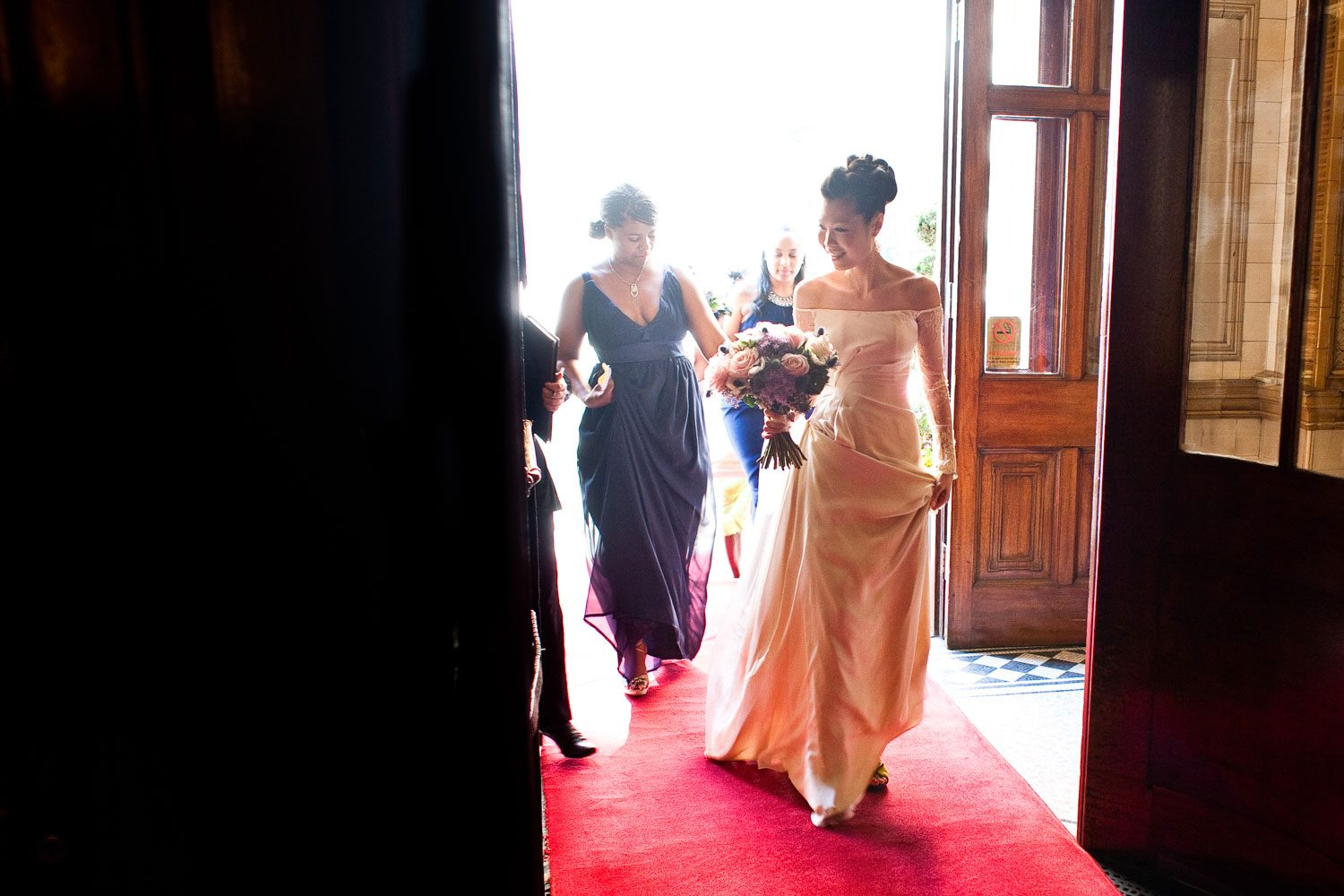 bride arrives at london wedding venue one whitehall