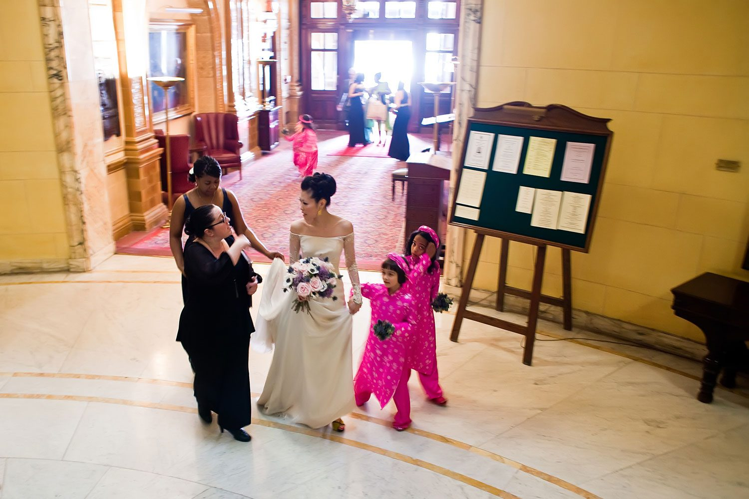 bride and bridesmaids arrive at ceremony