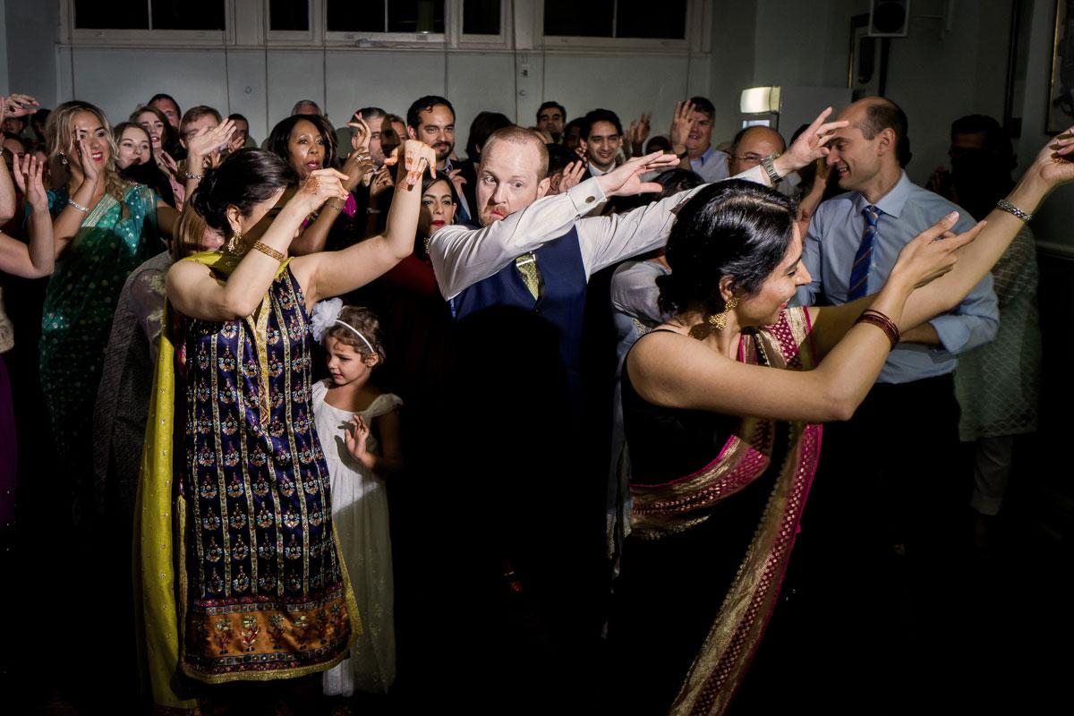 wedding-at-st-brides-0047