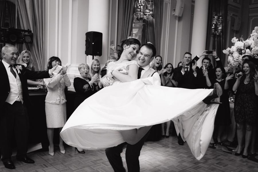 corinthia_hotel_wedding_bride_groom
