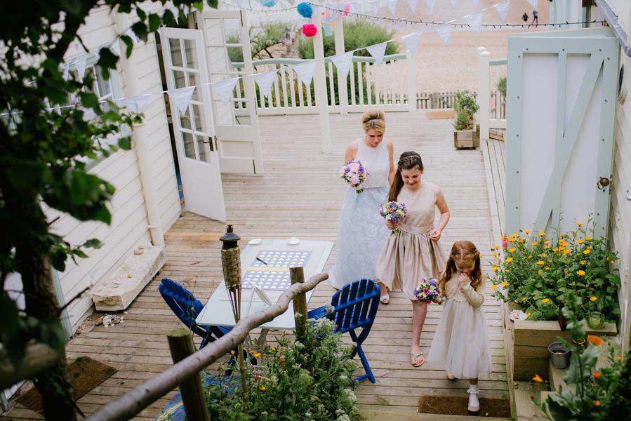 beacon_house_weddings_bridal_party_arrival
