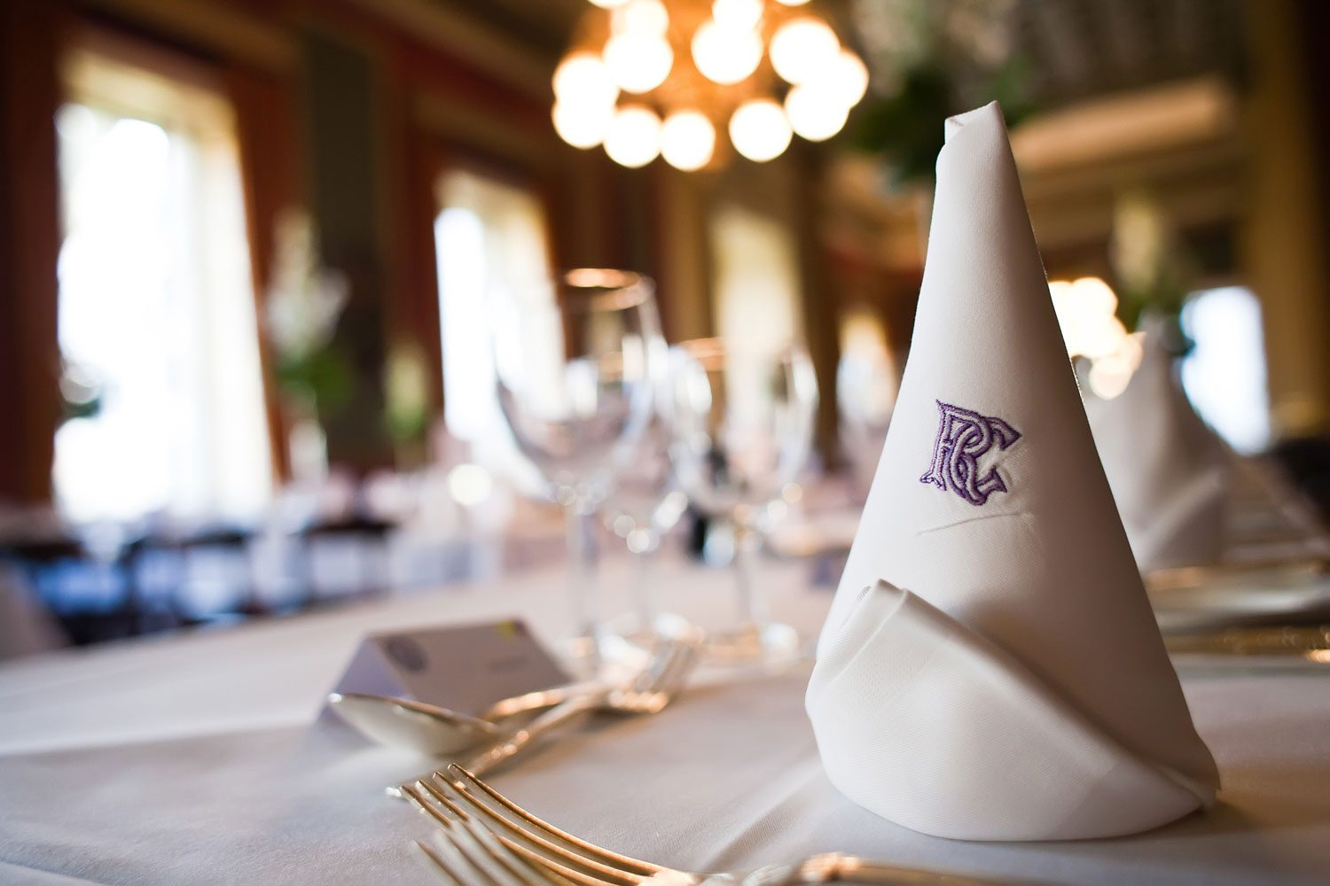 reform club wedding tables